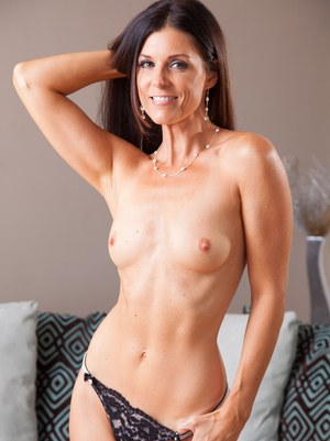 Perfect milf india summer sucks stepson reality kings 2