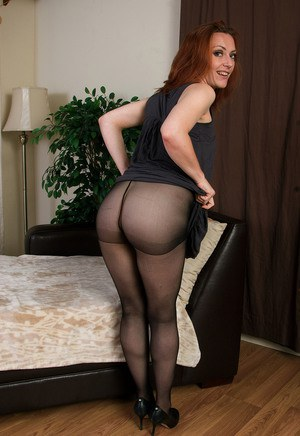 Sites Free Pantyhose Pics Milf In 56