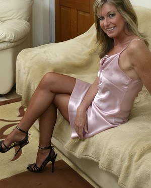 Topic You mature naked housewife pictures