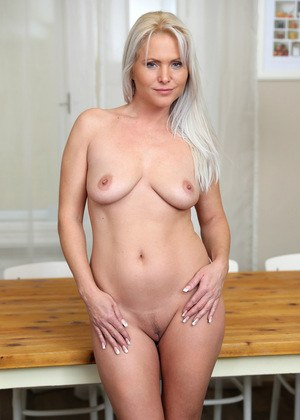 porn paint Nude body
