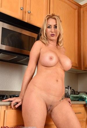 Sexy Housewives Pics